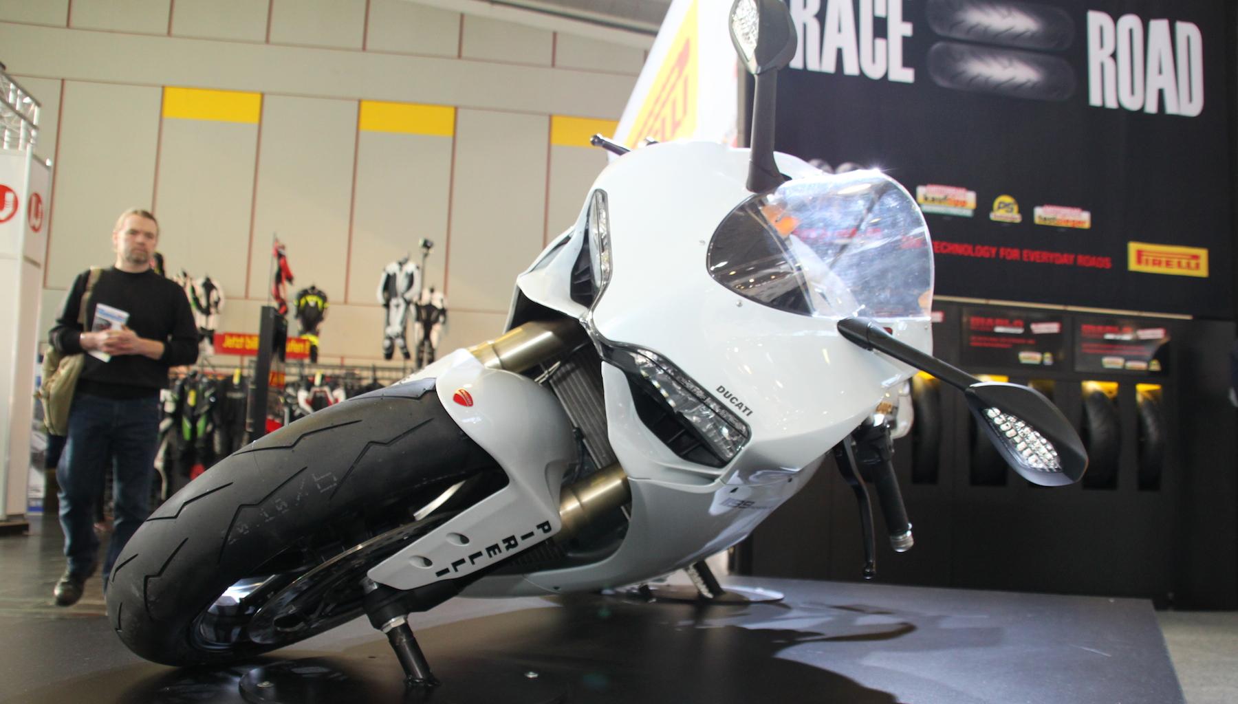 Pirelli legt Ducati flach!