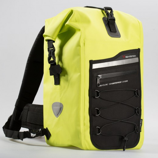 BackpackDrybag_300-01