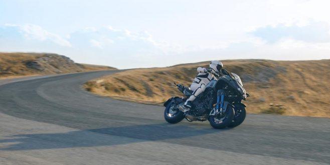 Yamaha (ver)neigt sich